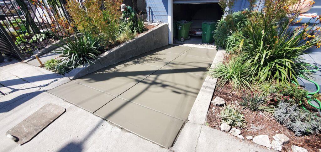 Concrete broom finish driveway oakland