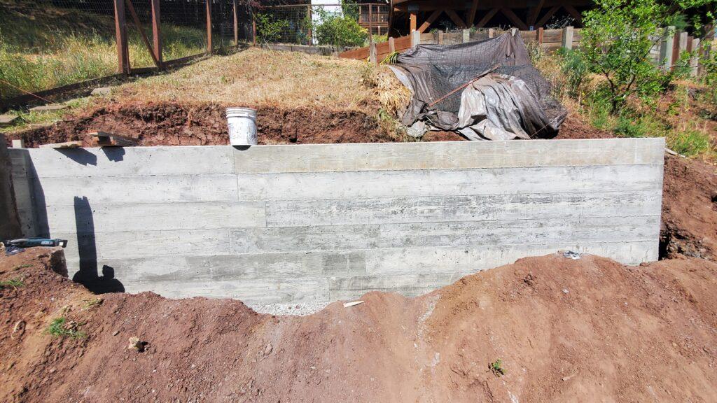 San Mateo Concrete wall