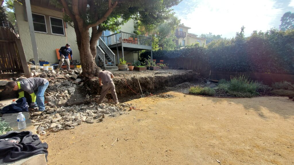 Demo A Concrete Retaining Wall NEar ME