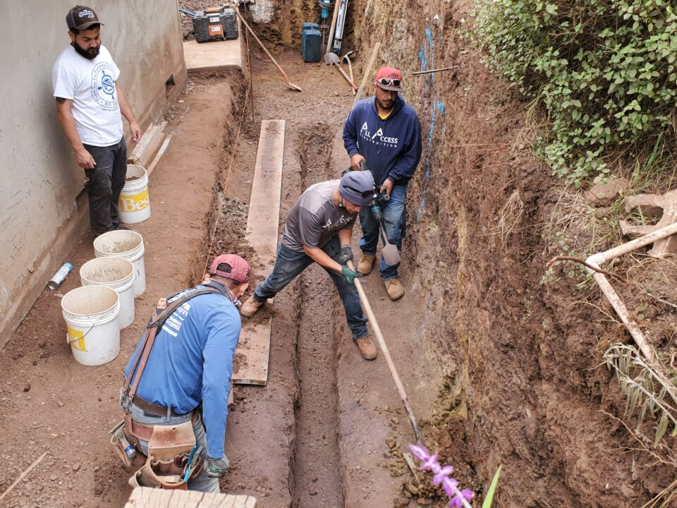 How to install keyway for concrete retaining wall.