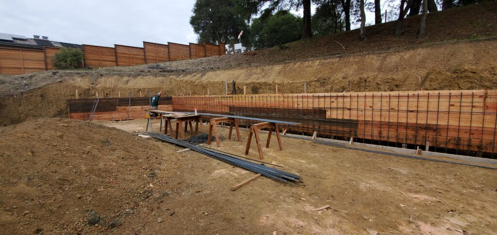 How much rebar I need for a retaining wall