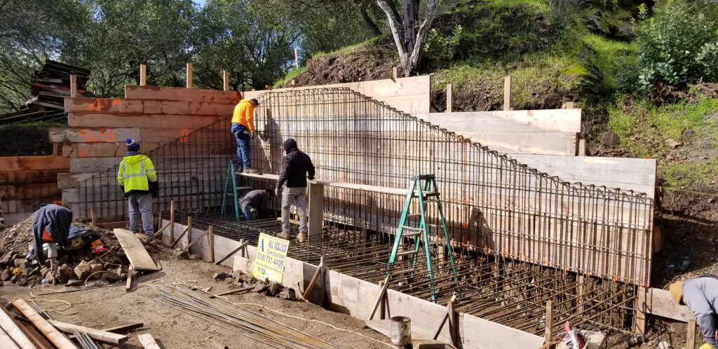 Rebar For Retaining wall OAkalnd ca 510-701-4400