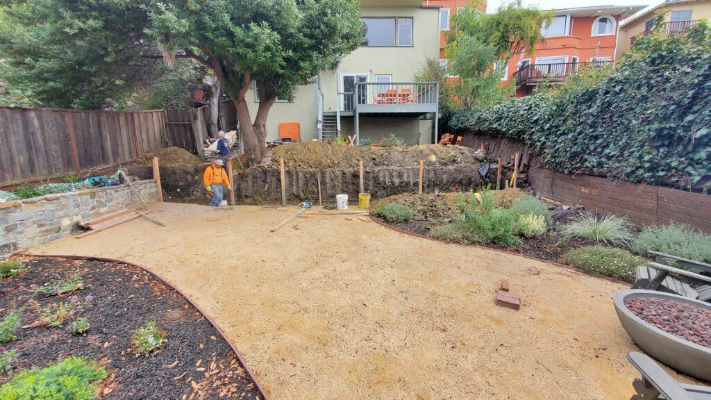 w To Form A Concrete Retaining Wall Berkeley