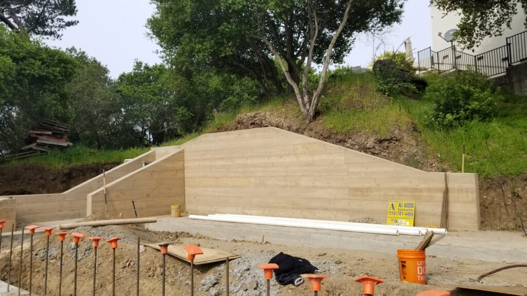 How tall can my retaining wall be oakland