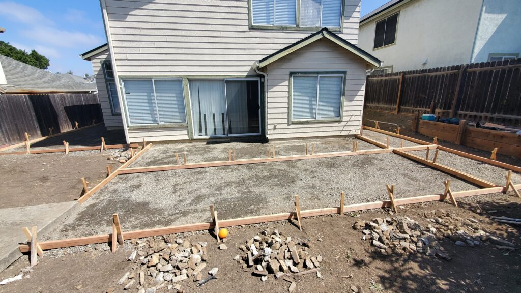 How to design a concrete patio for backyard